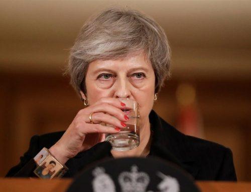 """May defiende su acuerdo del Brexit y avisa: """"Voy a dirigir este proceso, no pienso dimitir"""""""